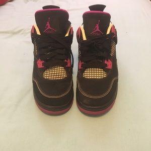 Lightly worn Jordan 4 retro